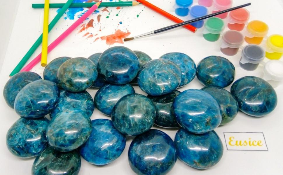 Apatite bleue : Pierre des Artistes