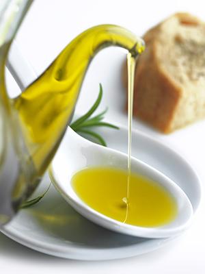 extra virgin olive oil, olive oil, olives, italian olives