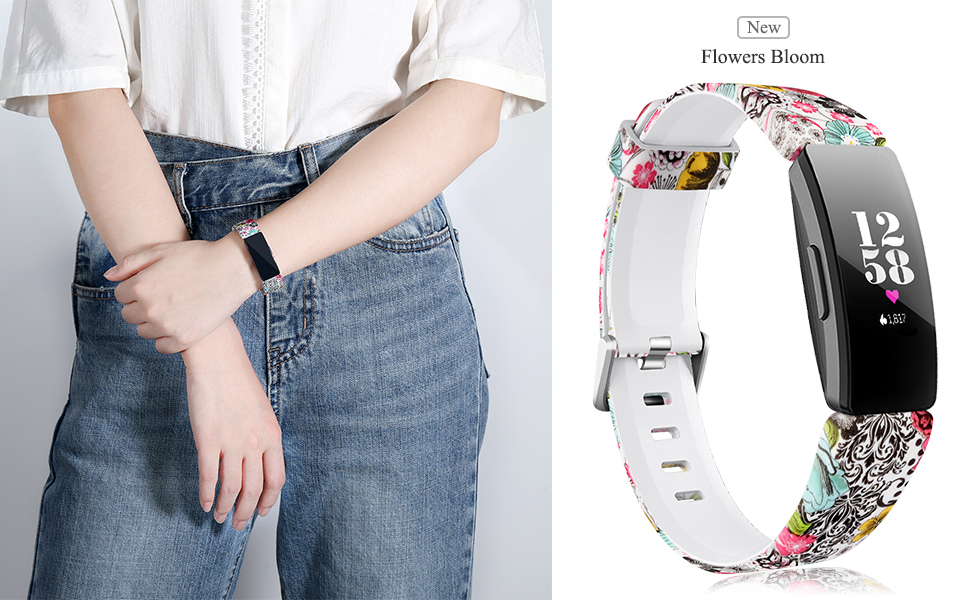 girl wearing the flowers bloom pattern band for Inspire