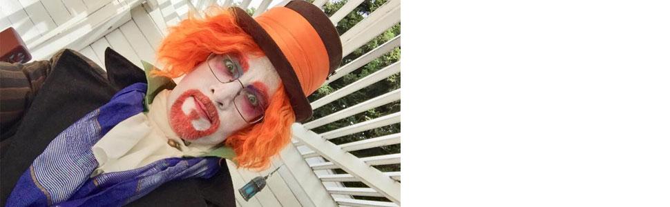Mad halter wig