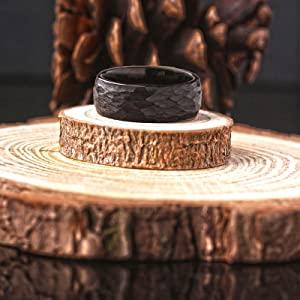 black tungsten ring/