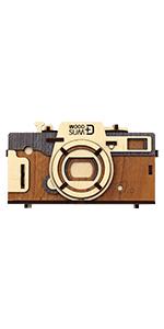 Pinhole camera retro Red