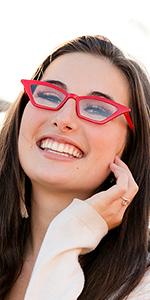 women reading glasses