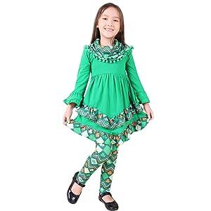 St. Patrick Days Aztec Shamrock Scarf Outfit
