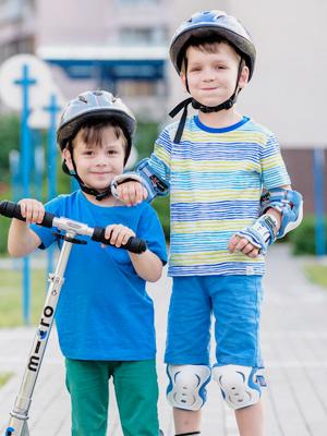 BIG / little kids shoes for  garden sport