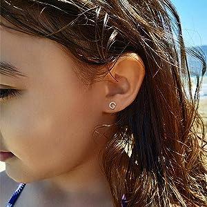 girls stud earrings