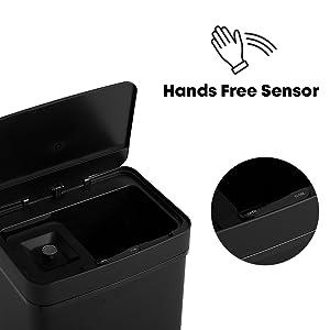 Cubo de basura con sensor de manos libres con tapa automática.