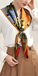 Sciarpa a scialle con motivo scialle quadrato, blu, 100% seta naturale, elegante