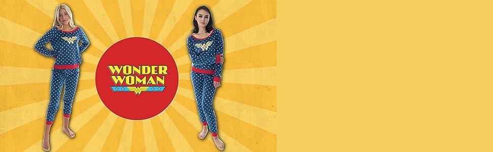 DC Comics Wonder Woman Juniors' Fleece Joggers Pajama Set