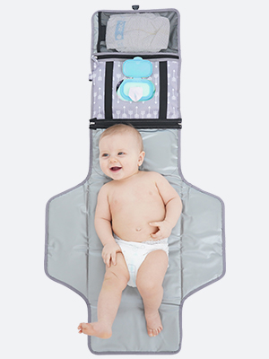 It's great size so you can fit your baby in.