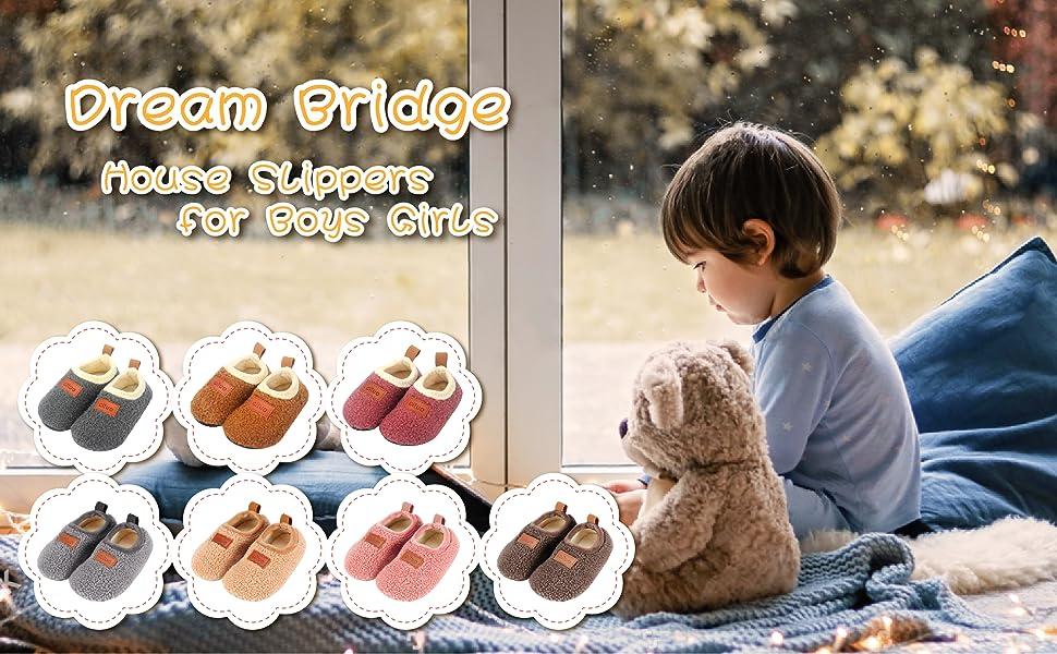 Dream Bridge Chaussons Maison pour Enfants Gar/çons Filles Chaussettes Antid/érapantes de Sherpa Toison
