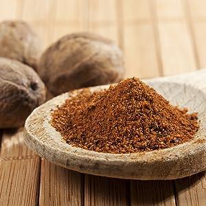 pure dried nutmeg