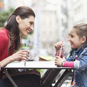 Aosbos Pailles R/éutilisables Lot de 4 Pailles en Silicone avec 4 Brosses de Nettoyage et 4 /Étui Taille pour Enfants et Adultes