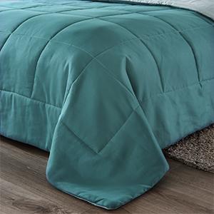 Reversible brilliant colorful comforter