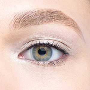 101 Crème to Powder Waterproof Eyeshadow Stick