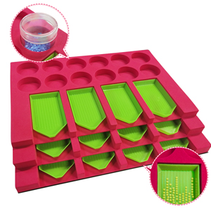 diamond painting tray holder has 12 slots so you can work with multiple colors drills at one time
