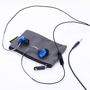 wired earbuds with case