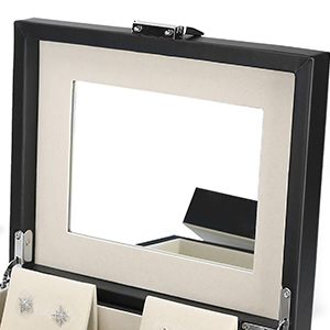Built-in cosmetic mirror