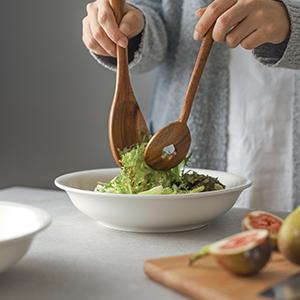 serving pasta bowl