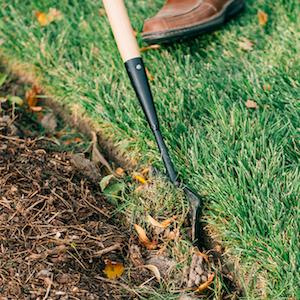 Kwik Edge Tool Cutting Grass Flowerbed Edge