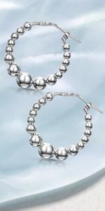 Cerchi in rilievo d'argento