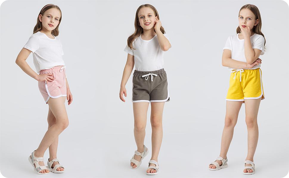 Pantalones cortos con diferentes tops y vestidos.
