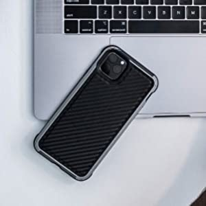 defense lux xdoria iphone 11 pro black leather carbon fiber integrated sound channel simple snap on