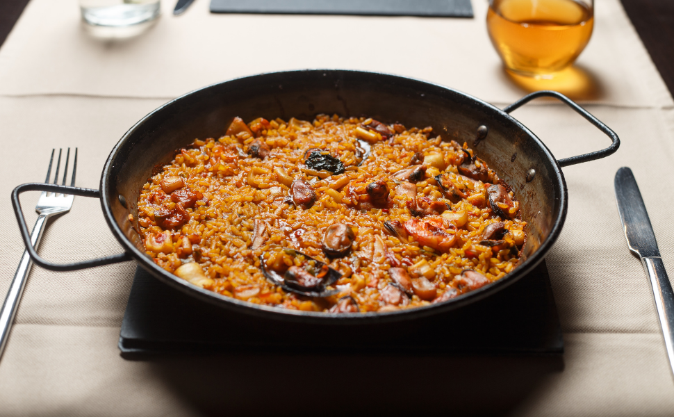 paella in enameled paella pan recipe machika kitchenware cookware spanish spain authentic pan