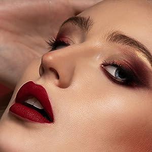 red lipstick matte