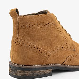 chukka boot men