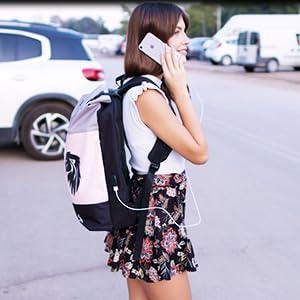 Damen Rucksack KHALISIA Powerbank Rosa Daypack Rolltop Uni Reise Business Tasche Laptopfach Tablet