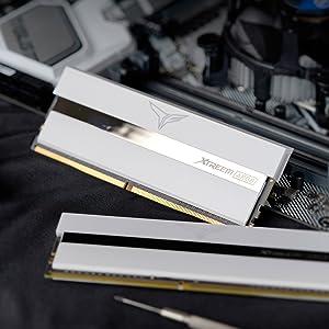 Xtreem ARGB white DDR4 desktop memory module