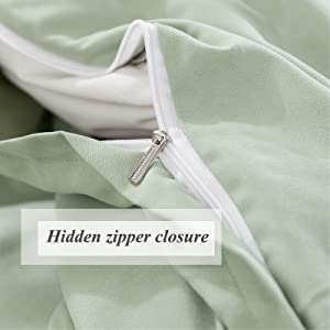 Hidden zipper closure