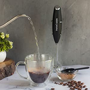 InstaCuppa Milk Frother Hand Held How To Use Step 1