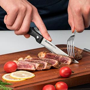 STEAK KNIVES SET