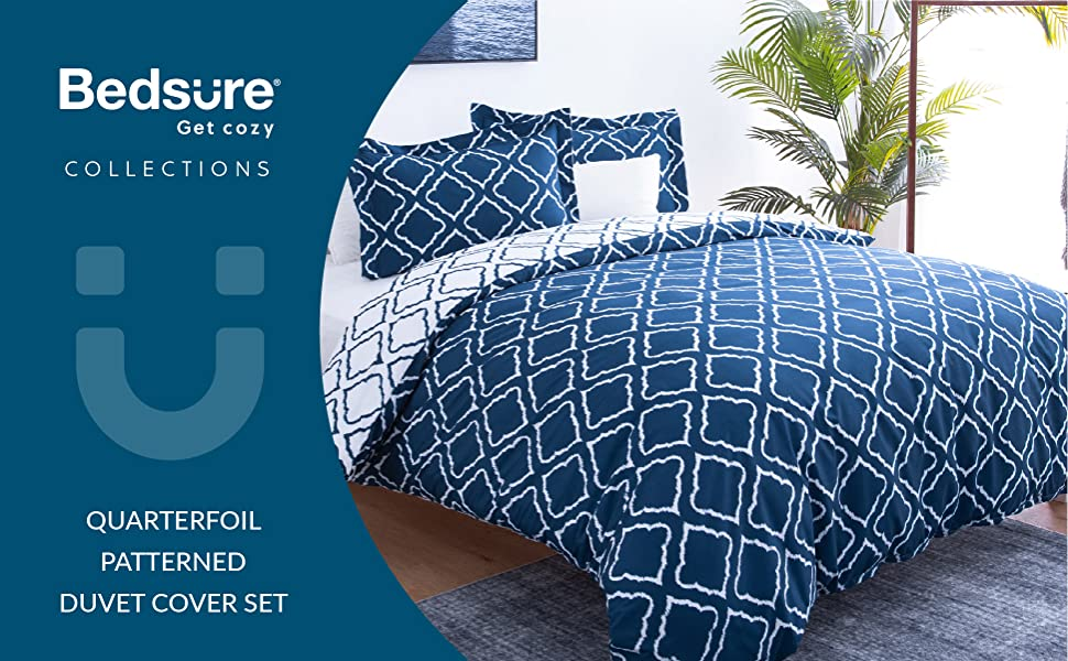 get cozy with the Bedsure Bedding Printed Duvet Cover Set - Diamond Plaid Navy