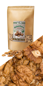walnoten helften stukjes noten zaden omega vetten gezond hazelnoten walnotenmix amandelen olie snack