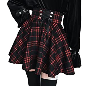 black and red plaid pleated skirt