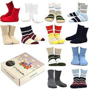 TeeHee Kids Boys Fun Crew Socks 12-Pair Multi Striped /& Skulls Gift Box