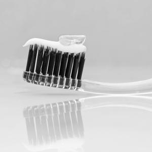 Linhart Tooth Whitening Gel Non Abrasive Just a Drop