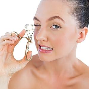 eyelash clip