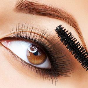 disposable eyelash brush