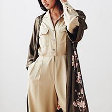 KIM+ONO Women's Handpainted Silk Kimono Robe - Cherry Blossom Bronze - Versatility