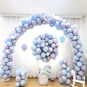light blue balloons for garland