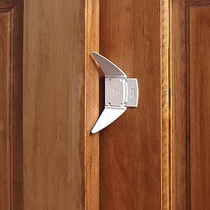 KidCo Sliding Closet Door Lock Protects Fingers Pinching Glass Mirror Laminate Wood