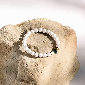 Smooth Howlite Bead Bracelet