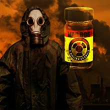 Amazon Com Mad Dog 357 No 9 Plutonium 9 Million Scoville Pepper Extract With Jar Of Mad Dog 357 Yellow Cake 1 6m Capsicum Powder Grocery Gourmet Food