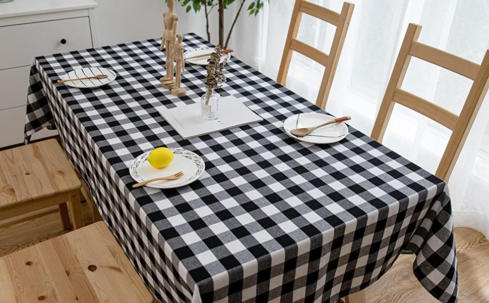 White /& Apple Polyester Gingham Checkered 58 by 144 Rectangular Tablecloth