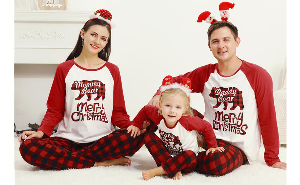 family matching Christmas pajamas set