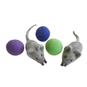 earthtone solutions felted felt wool cat kitten mouse mice ball toys nepal interactive exercise fun
